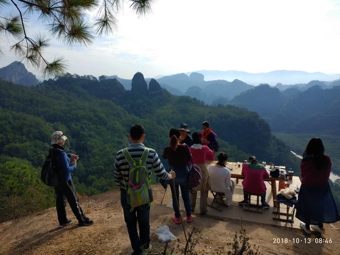 灵峰峰顶御仙台,观景泡茶绝佳之地,也是观看日出,云海的理想之地